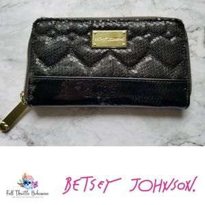 Authentic Betsy Johnson Zip Around Wallet Black